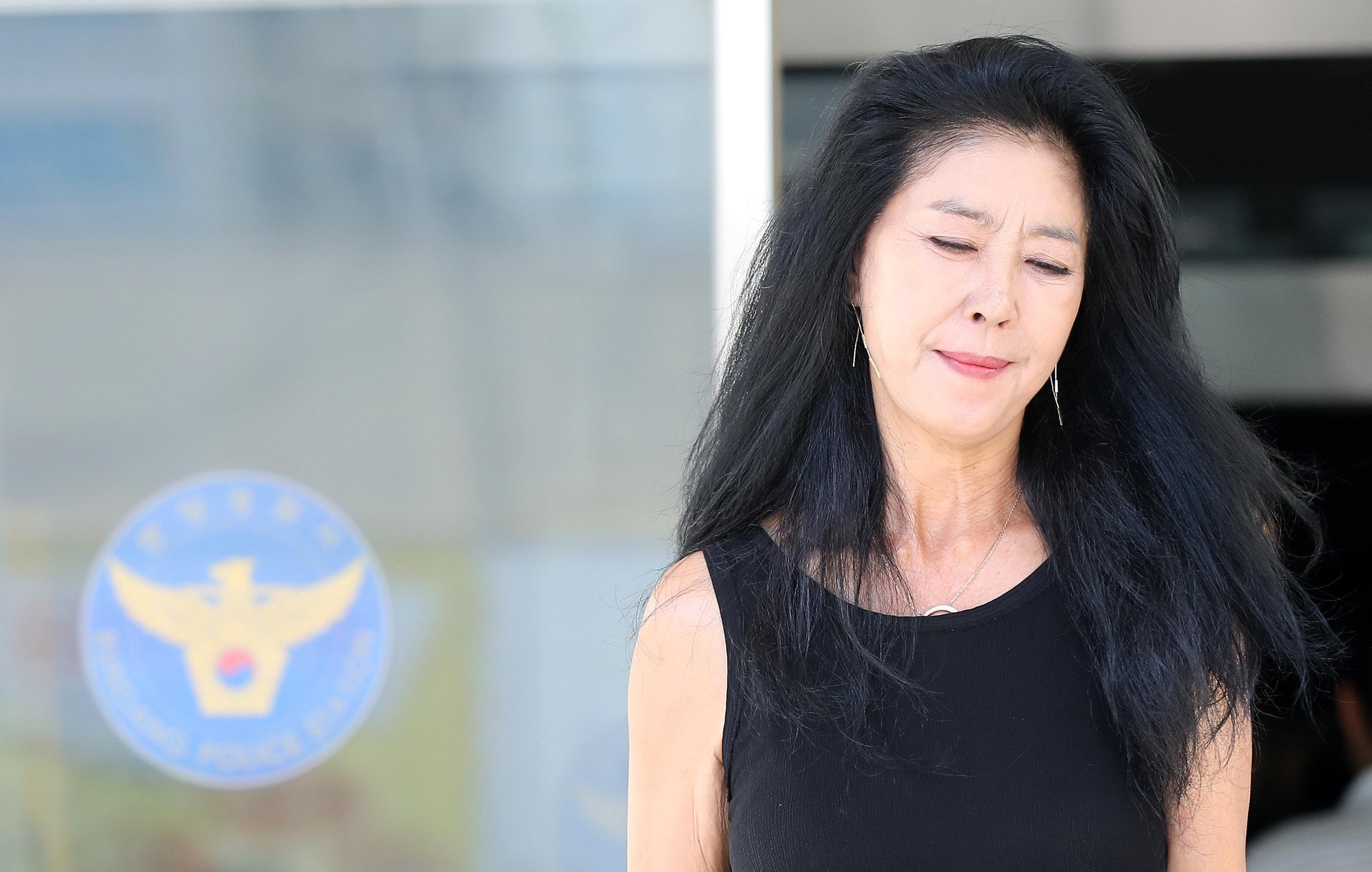 김부선이 드디어 변호사 선임 완료하고 경찰에 재출석한다