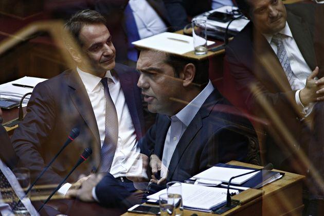 Στο «ασφαλιστικό του Πινοσέτ» και τις απολύσεις δημοσίων υπαλλήλων συμβασιούχων ποντάρει το Μαξίμου για...