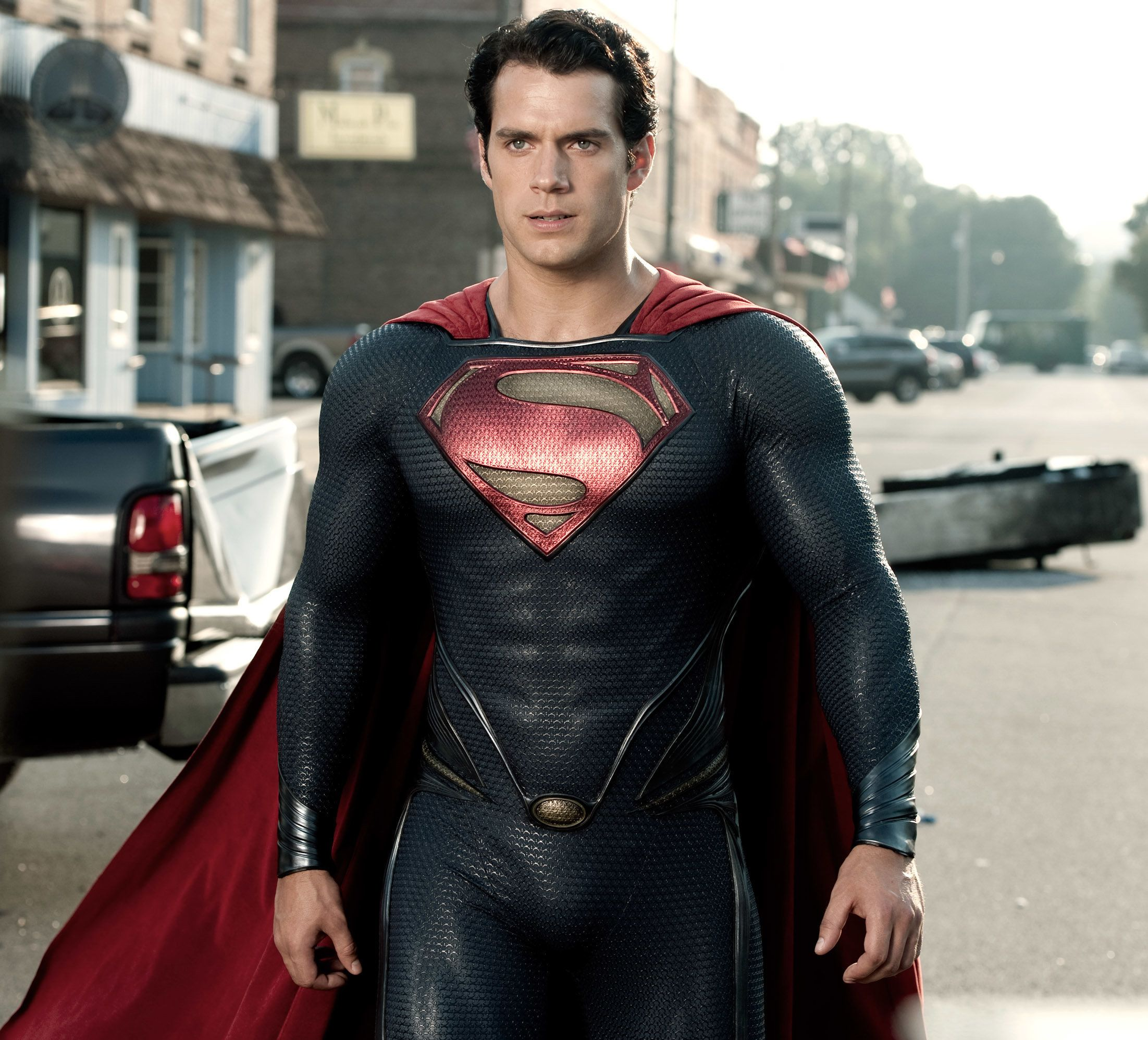 Henry Cavill Posts Bizarre Instagram Video Amid Superman Exit