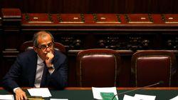 Αναταραχή στην Ιταλία με την παραίτηση ή μη του υπουργού