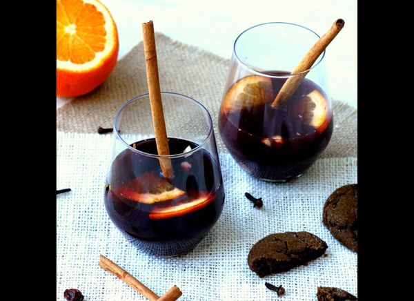 "<strong>Get the <a href=""http://tastefoodblog.com/2011/12/15/glogg-gluwein-mulled-wine/"" target=""_hplink"">Gløgg recipe from T"