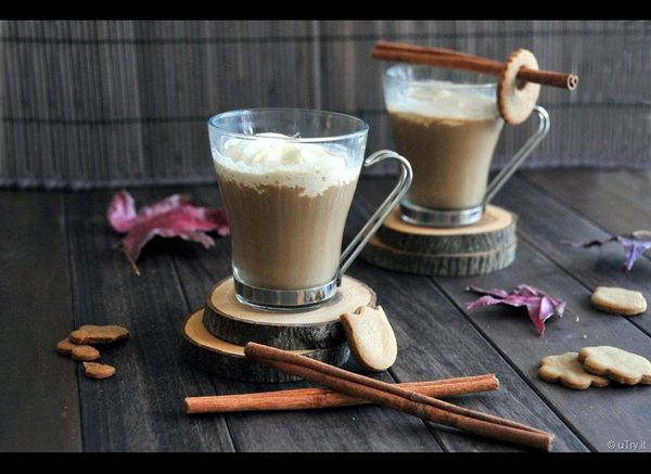 "<strong>Get the <a href=""http://utry.it/2011/11/gingersnaps-cafe-au-lait.html"" target=""_hplink"">Gingersnap Cafe au Lait recip"
