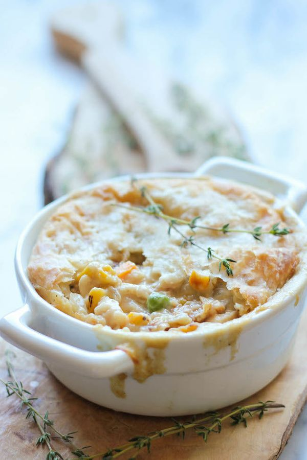 """<strong>Get the <a href=""""http://damndelicious.net/2013/11/22/leftover-thanksgiving-turkey-pot-pie/#comment-38922"""" target=""""_bl"""
