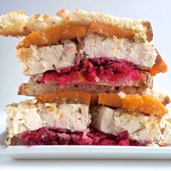 "<strong>Get the <a href=""http://lorimerkitchen.com/2013/11/29/thanksgiving-leftover-sandwich/"" target=""_blank"">Thanksgiving L"
