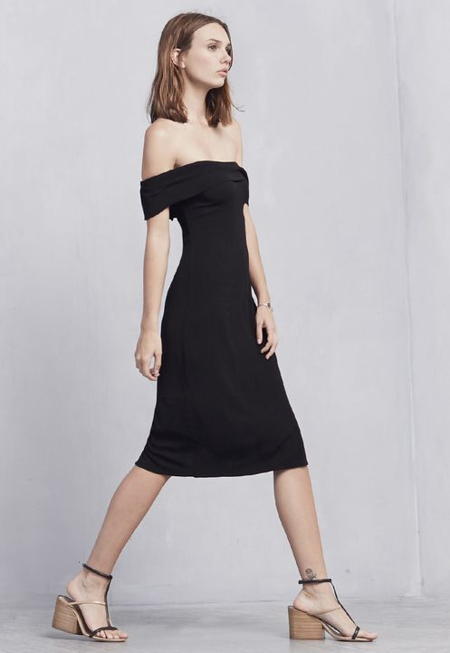 "<a href=""http://thereformation.com/products/carrera-dress-3"" target=""_blank"">Reformation Carrera Dress</a>, &#36218"