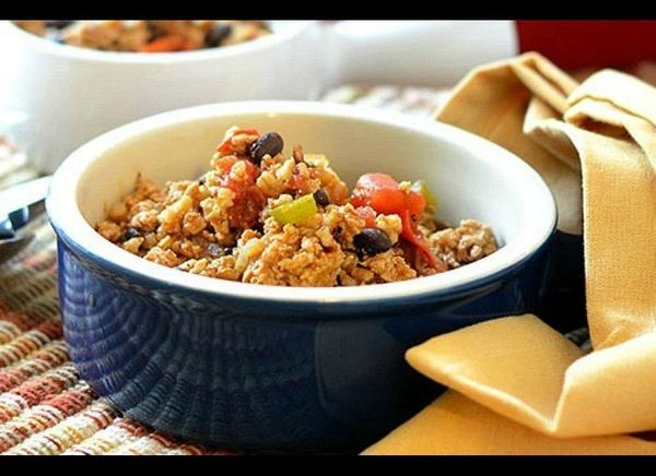 Use farro and ground turkey for a lighter take on standard chili that will still fill you up. A mix of fresh and powdered chi