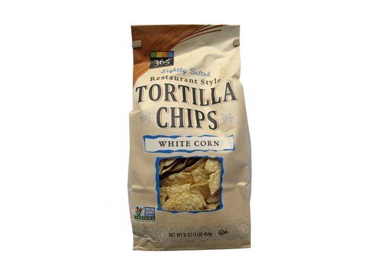 """Good with salsa."" ""Tastes like fair food."" ""Popcorn!"" "" Little flavor."" "" Fragile, but good."" ""Chips are too wide."" ""Very fl"