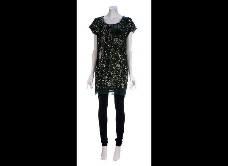 "<a href=""http://www.farfetch.com/shopping/women/gold-hawk-sequin-dress-item-10124376.aspx"" target=""_hplink"">Far Fetch </a>"