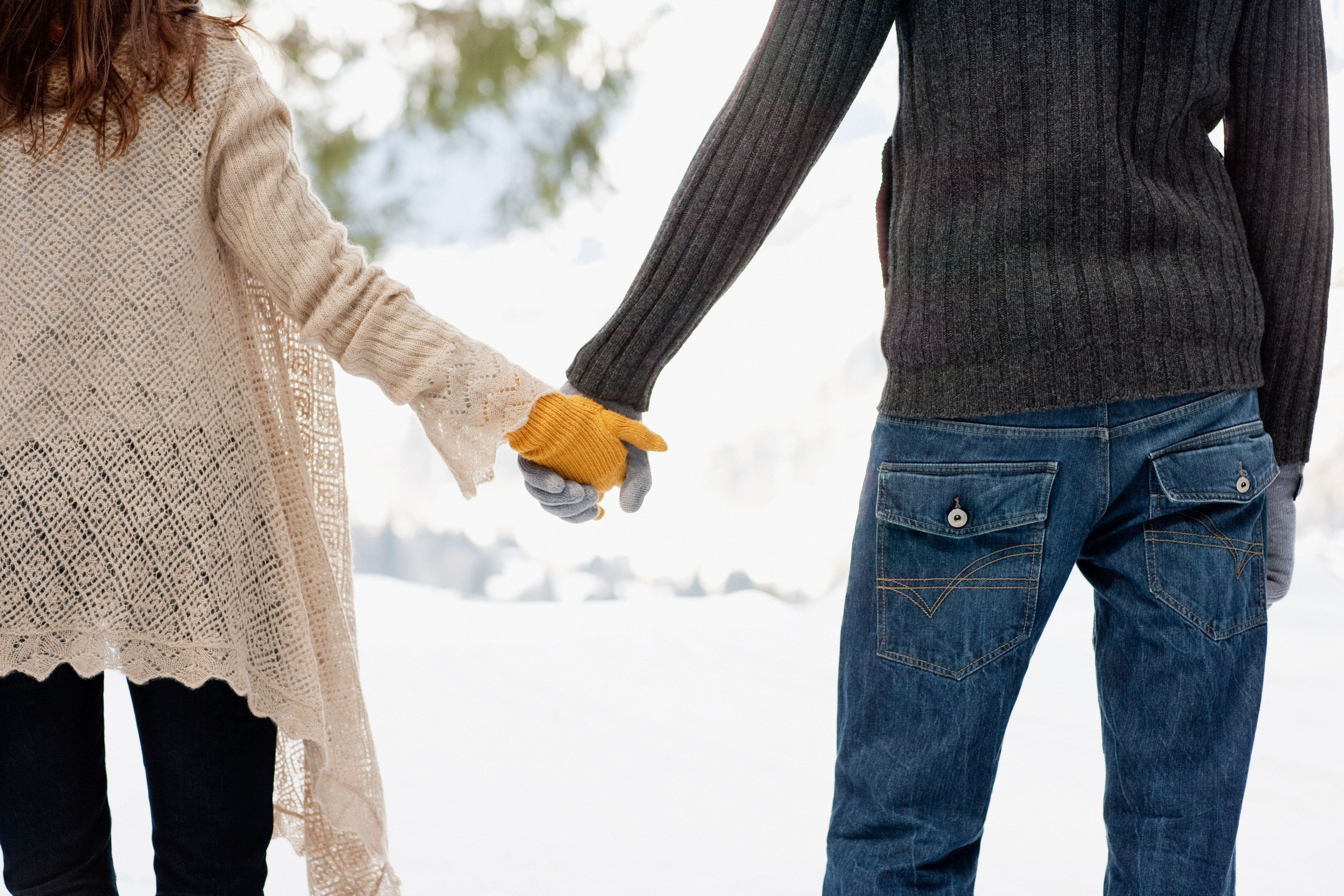 Fear of intimacy among hookup couples