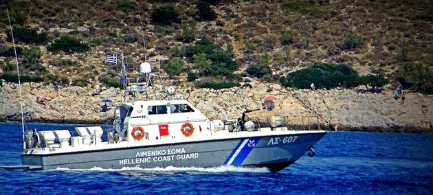 Εντοπισμός σκάφους με 60 μετανάστες και πρόσφυγες στα ανοιχτά της