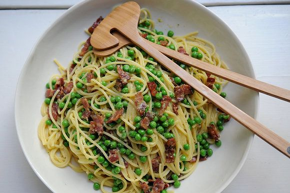 "<strong>Get the <a href=""http://food52.com/recipes/214-daddy-s-carbonara"">Carbonara recipe</a> by Eric Liftin via Food52</str"