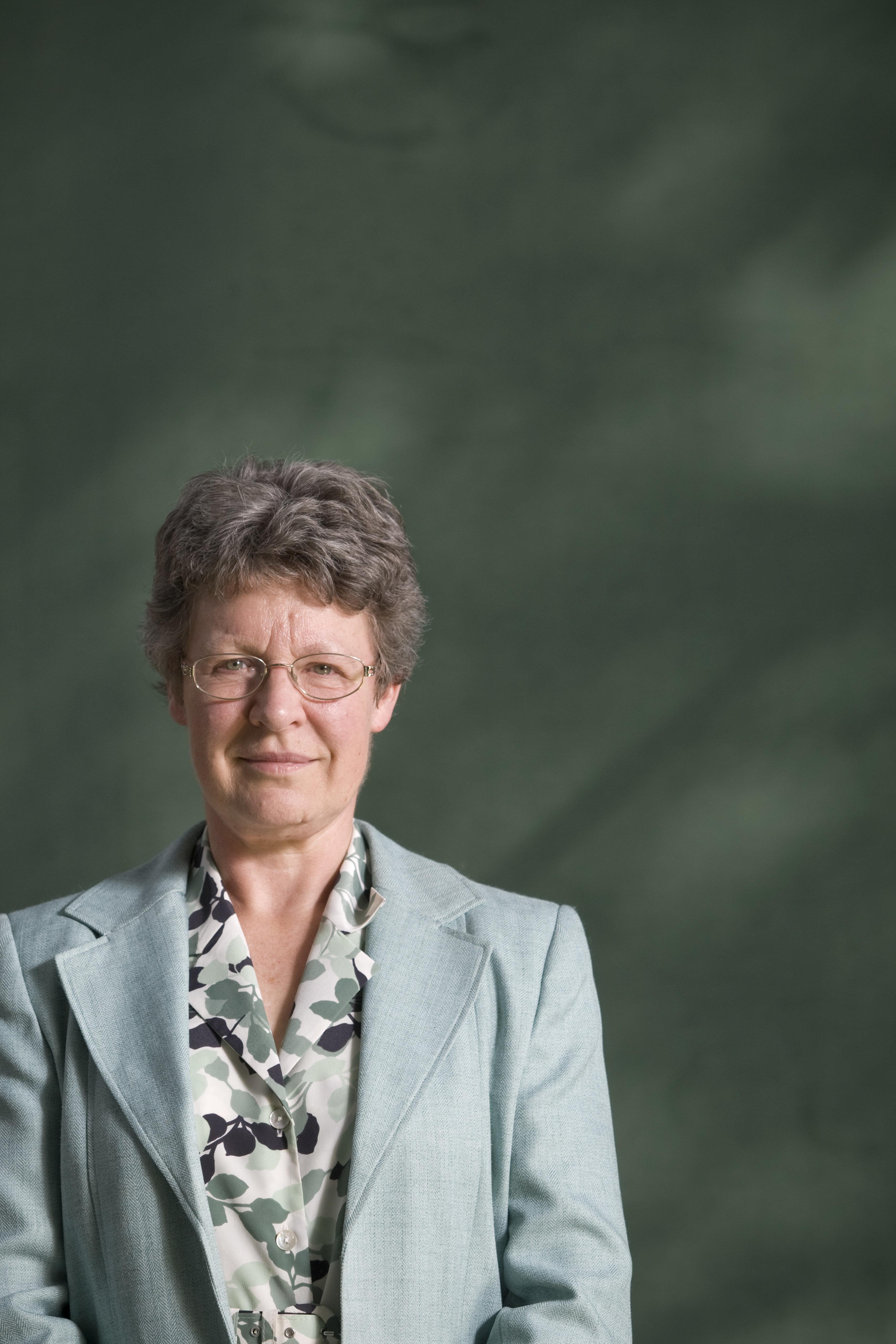 남성 지도교수가 자신의 업적으로 '노벨상' 받는 걸 지켜봐야 했던 여성 과학자가 걸어온