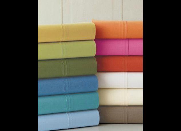 The Bright Colors Of These Sheets Remind Us Vibrant Hues Found In Fiesta Dinnerware With A 200 Thread Count Are Good Standard Go Tos