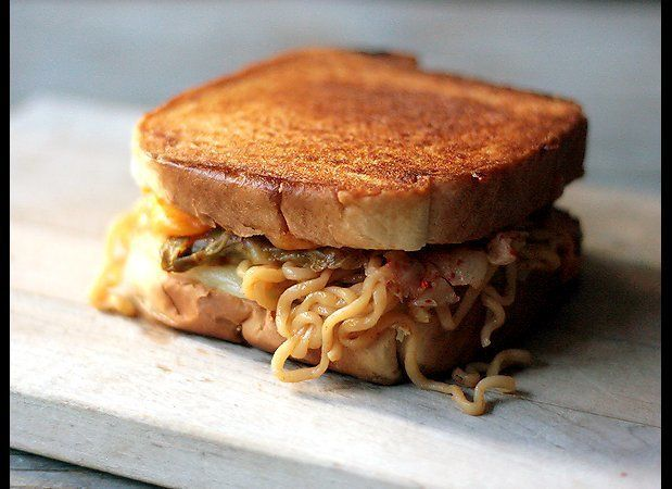 "<strong>Get the <a href=""http://www.tastespotting.com/features/kimchi-ramen-grilled-cheese-sandwich-recipe"" target=""_hplink"">"