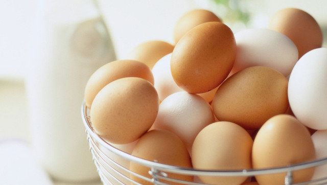 What's The Difference Between White Eggs And Brown Eggs
