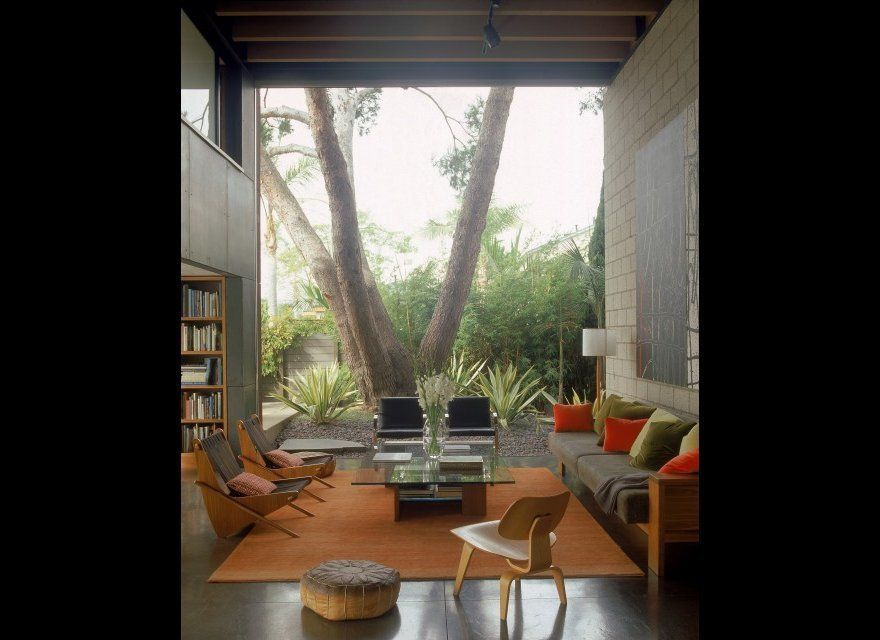 "<b>The Firm:</b> <a href=""http://www.houzz.com/photos/71767/700-Palms-Residence-modern-living-room-los-angeles"" target=""_hpli"