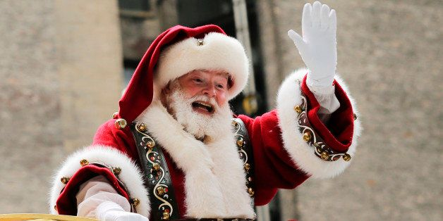 NEW YORK, NY - NOVEMBER 24: Santa Claus proceeds down 6th Av, during the 90th Macy's Annual Thanksgiving Day Parade on November 24, 2016 in New York City.  Security was tight in New York City on Thursday for Macy's Thanksgiving Day Parade after ISIS called supporters in the West to use rented trucks in attacks as similar as the ones operated in France this summer where at least 86 people were killed.(Photo by Eduardo Munoz Alvarez/Getty Images)