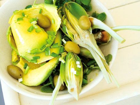 """<strong>Get the <a href=""""http://www.huffingtonpost.com/2011/10/27/avocado-and-artichoke-sal_n_1057555.html"""">Avocado and Artic"""