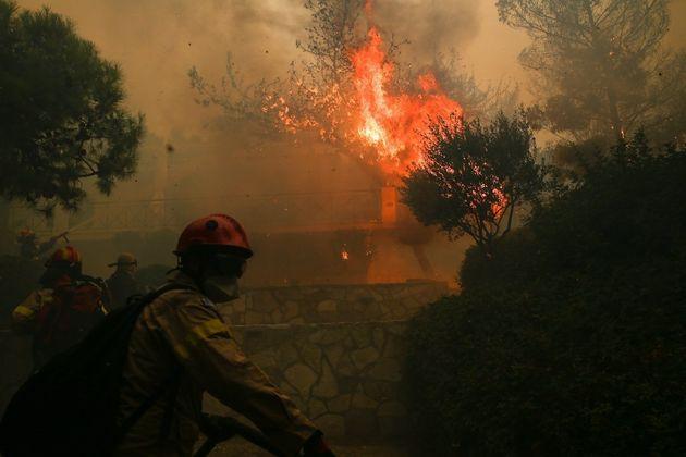 Αποκλειστικό θέμαHuffPostGreece: Από καλώδια της ΔΕΗ η φωτιά στην