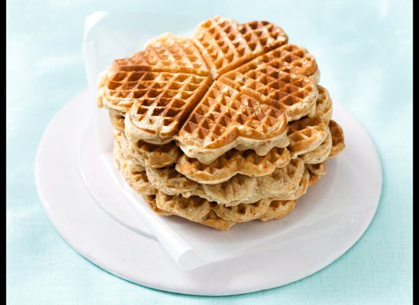 These waffles are packed full of nutritional goodness. Whole wheat flour, oats, olive oil and honey are the main ingredients
