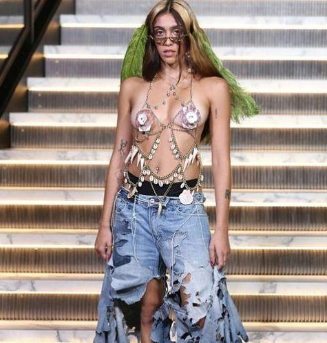 Le premier défilé remarqué de la fille de Madonna à New