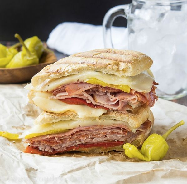 """<strong>Get the <a href=""""http://www.iwashyoudry.com/2014/08/25/spicy-italian-panini/"""" target=""""_blank"""">Spicy Italian Panini re"""