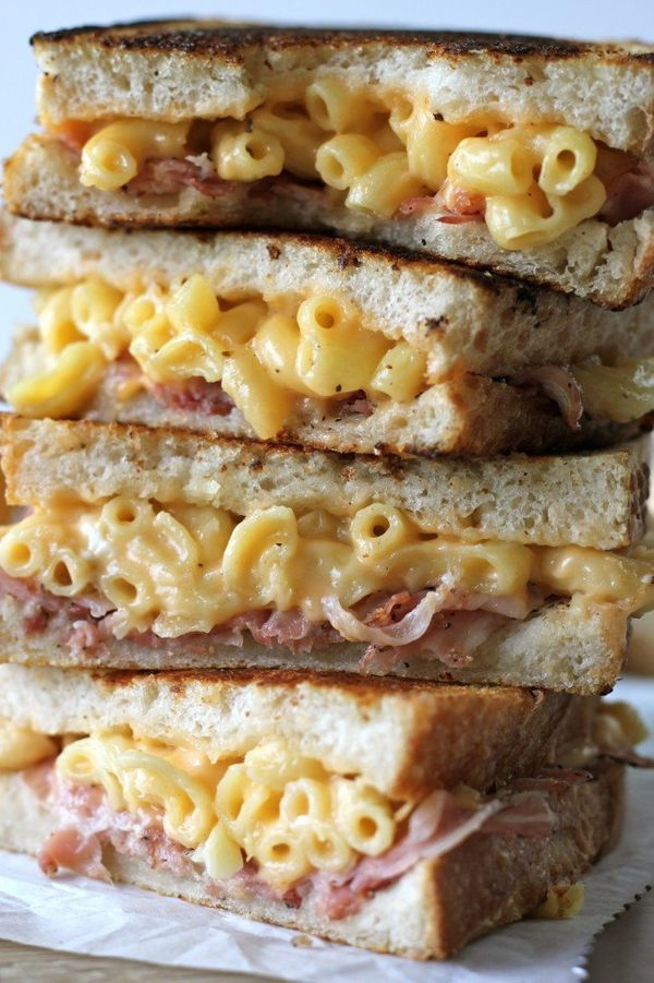 "<strong>Get the <a href=""http://damndelicious.net/2013/01/23/pancetta-mac-and-cheese-panini/"" target=""_blank"">Pancetta Mac an"