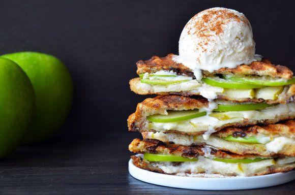 "<strong>Get the <a href=""http://www.justataste.com/2013/09/apple-pie-panini-press-recipe/"" target=""_blank"">Apple Pie Panini r"