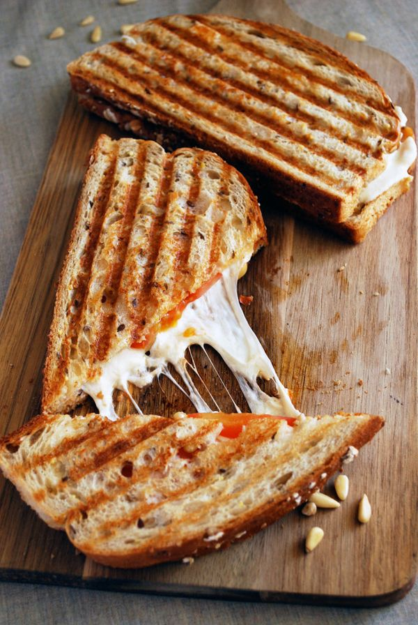"""<strong>Get the <a href=""""http://theliveinkitchen.com/2014/05/09/sun-dried-tomato-pesto-panini/#_a5y_p=1629848"""" target=""""_blank"""