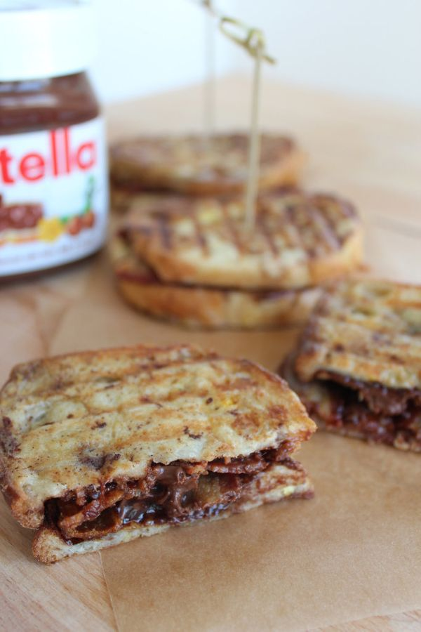 """<strong>Get the <a href=""""http://littleleopardbook.com/2012/12/10/whats-for-brunch-nutella-bacon-french-toast-panini/"""" target="""