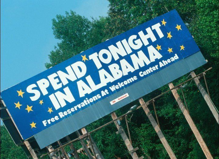 In 2009, the life expectancy in Alabama was 72.5 for men and 78.2 for women.