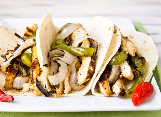 "<strong>Get the <a href=""http://www.jasonandshawnda.com/foodiebride/archives/13325/"">Grilled Chicken Fajitas recipe from Conf"