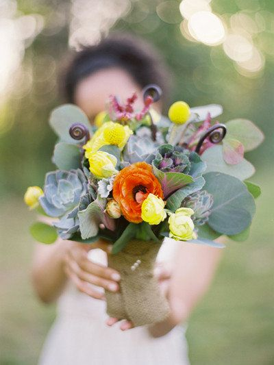 Flowers And Decor Will Take Up Roximately 10 Percent Of Your Wedding Budget Between Personal Bouquets Boutonnieres Corsages