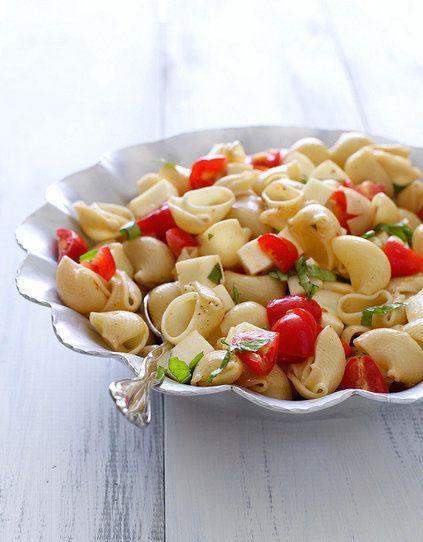 "<strong>Get the <a href=""http://www.annies-eats.com/2012/08/22/caprese-pasta-salad/"" target=""_blank"">Caprese Pasta Salad reci"