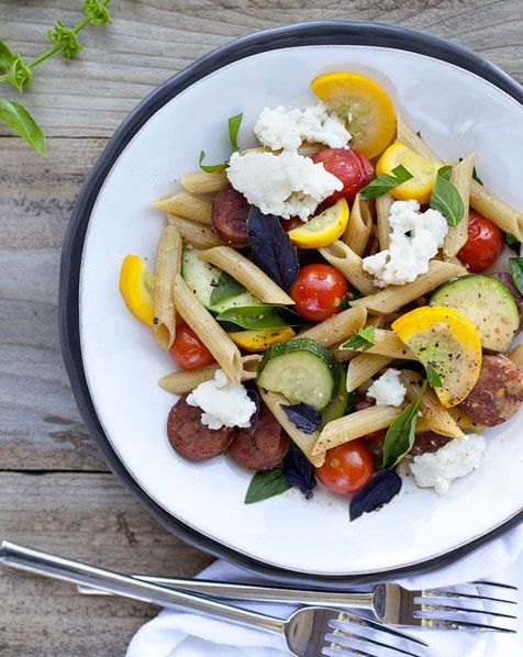 """<strong>Get the <a href=""""http://www.foodiecrush.com/2012/08/zucchini-and-chicken-sausage-penne-pasta-recipe/"""" target=""""_blank"""""""