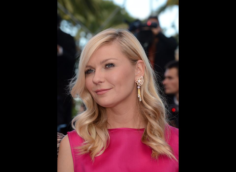 """Kirsten Dunst pulled off soft waves for the premiere of """"On the Road."""" With this light style, the star looked ultra feminine"""