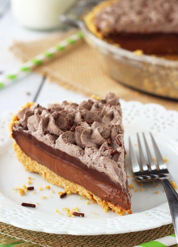"<strong>Get the <a href=""http://www.lifeloveandsugar.com/2014/03/04/baileys-chocolate-pie/"" target=""_blank"">Baileys Chocolate"