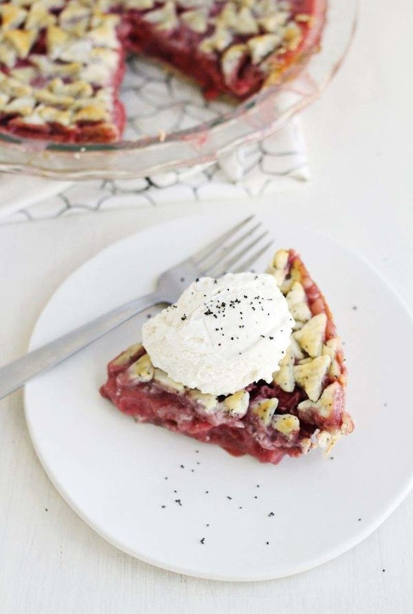 """<strong>Get the <a href=""""http://www.abeautifulmess.com/2014/03/strawberry-and-poppy-seed-pie.html"""" target=""""_blank"""">Strawberry"""