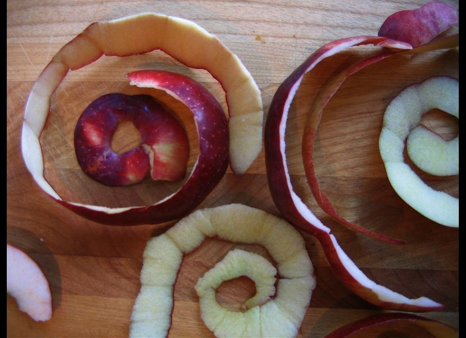 "Apple peels do double duty as a valuable kitchen cleaning product. The <a href=""http://www.diynetwork.com/decorating/natural-"