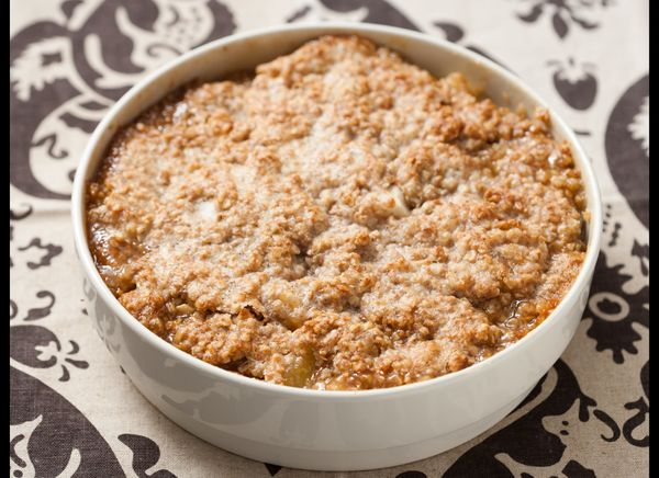 "<strong>Get the <a href=""http://www.huffingtonpost.com/2011/10/27/pear-and-apple-crisp-with_n_1057454.html"" target=""_hplink"">"