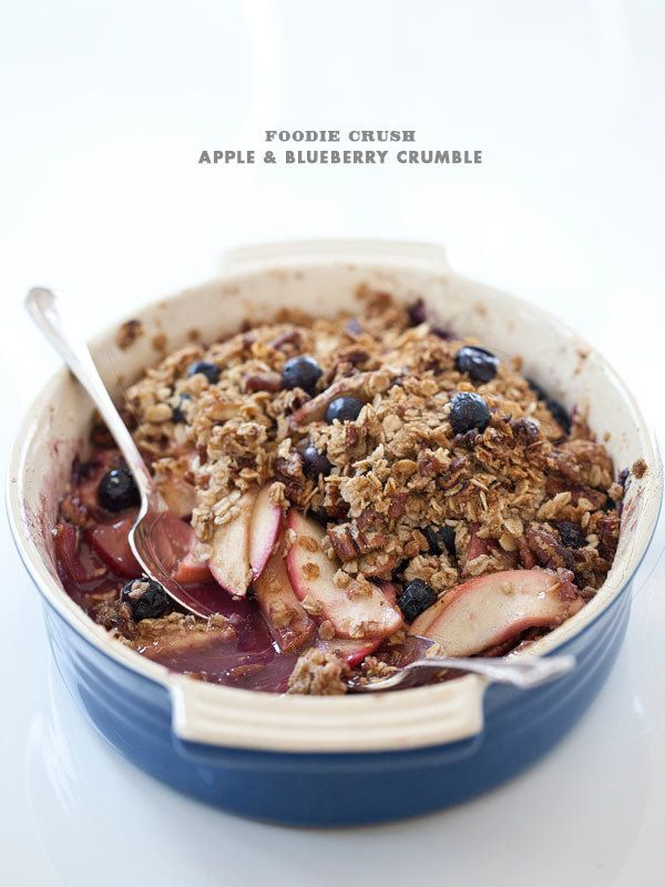 "<strong>Get the <a href=""http://www.foodiecrush.com/2012/07/apple-blueberry-crumble/"" target=""_blank"">Apple And Blueberry Cru"