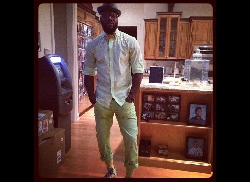 The super-rich enjoy having money at their finger tips. NBA star DeShawn Stevenson didn't like the idea of having to find an