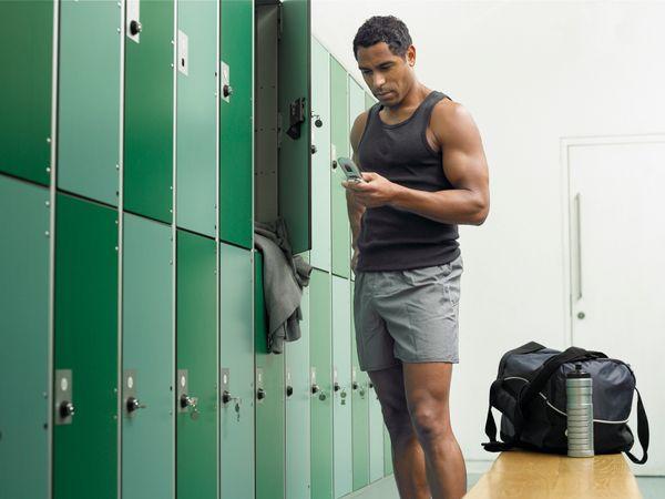 unisex-naked-lockerrooms-stories-the-sperm-donors-jules-jordan