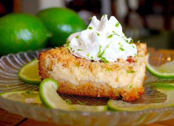 "<strong>Get the <a href=""http://www.cookingwithsugar.com/key-lime-cream-cheese-crumble-cake-a-key-lime-bar-recipe/"" target=""_"