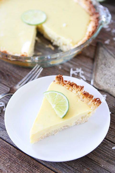 "<strong>Get the <a href=""http://www.twopeasandtheirpod.com/key-lime-pie-with-coconut-macaroon-crust/"" target=""_blank"">Key Lim"