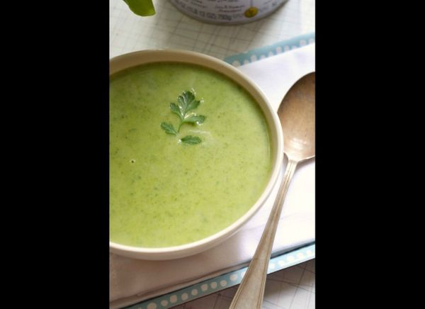"<strong>Get the <a href=""http://dinnerwithjulie.com/2011/07/10/spinach-pea-garlic-scape-soup/"" target=""_hplink"">Spinach, Pea"