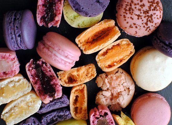"<strong>Get the <a href=""http://notsohumblepie.blogspot.com/2010/04/macarons-101-french-meringue.html"" target=""_hplink"">Macar"
