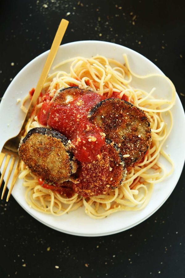 "<strong>Get the <a href=""http://minimalistbaker.com/vegan-eggplant-parmesan/"" target=""_blank"">Vegan Eggplant Parmesan recipe<"