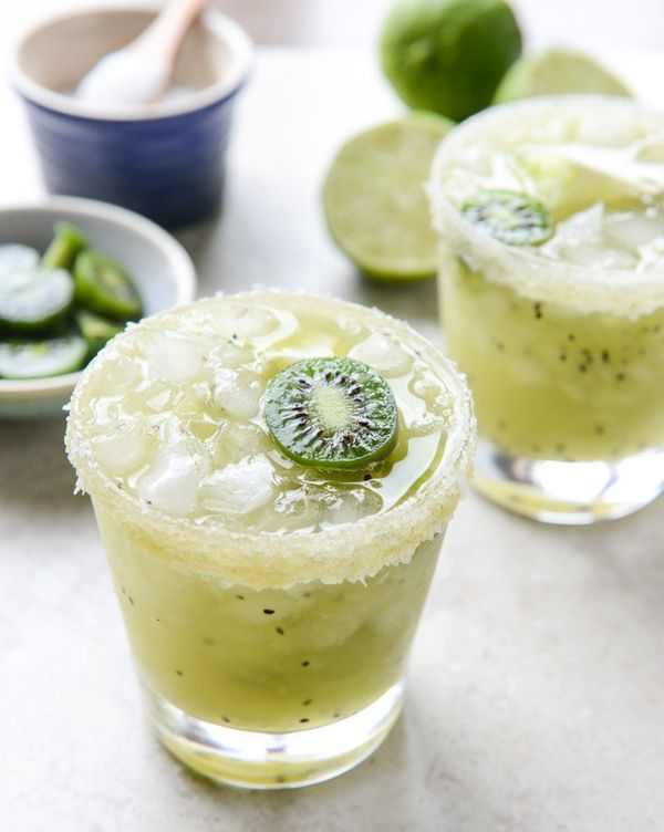 "<strong>Get the <a href=""http://www.howsweeteats.com/2015/04/kiwi-margaritas/"" target=""_blank"">Kiwi Margarita recipe</a> from"