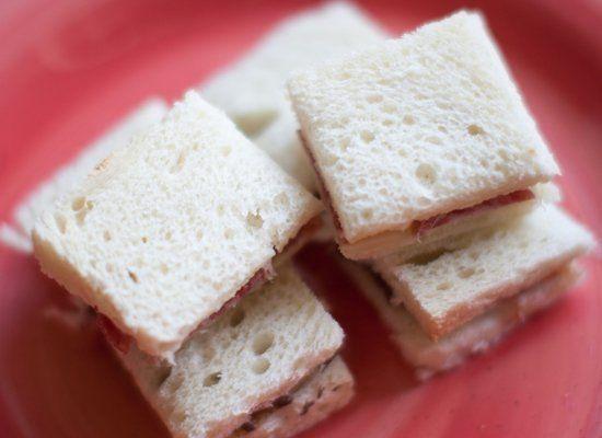 "<strong>Get the <a href=""http://annacostafood.wordpress.com/2012/06/01/tea-sandwiches/"" target=""_hplink"">Salami, Cheese And M"